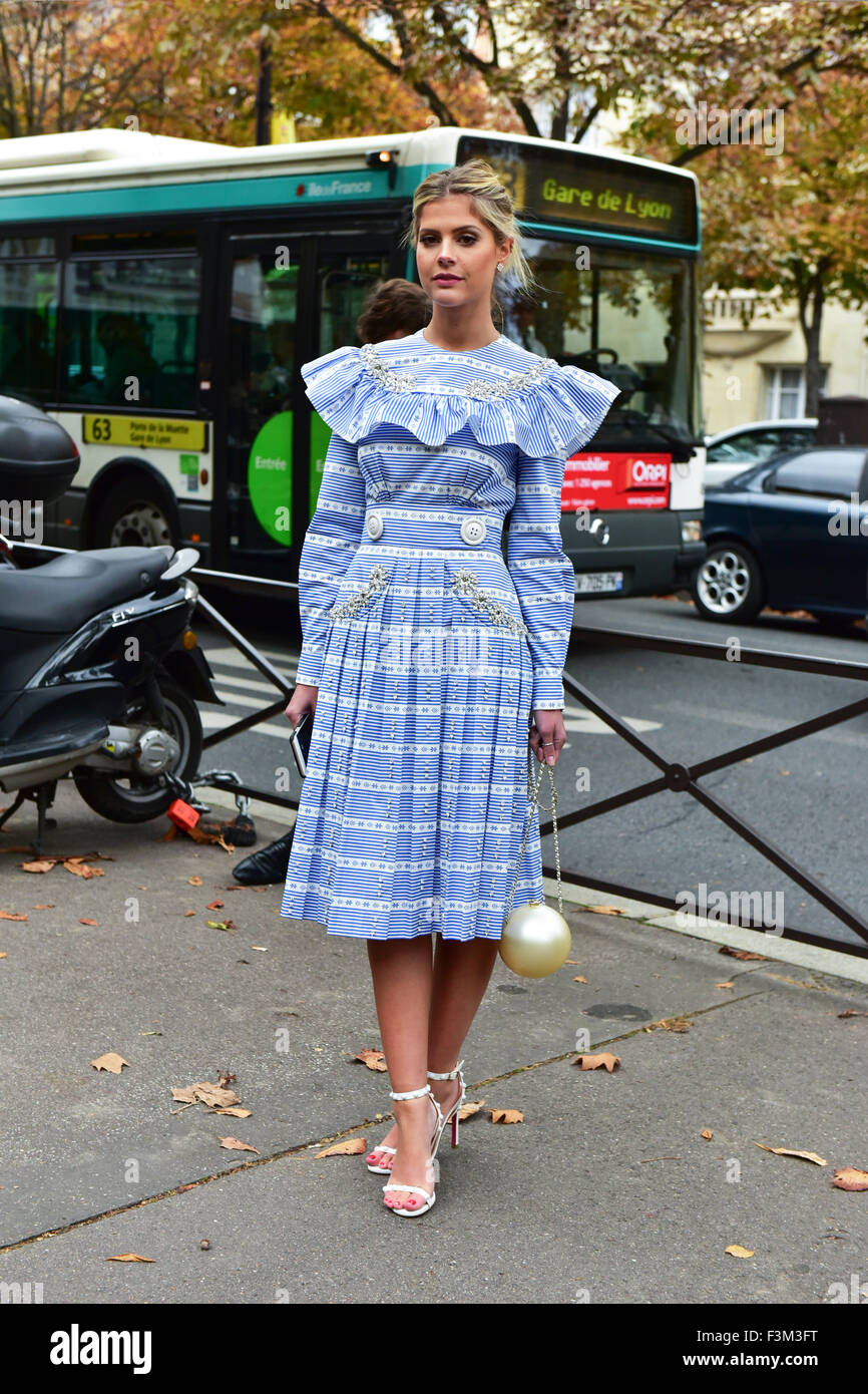 Lala Rudge, founder of larouge-belle.com.br, posing outside of the Miu Miu runway show during Paris Fashion Week - Stock Image