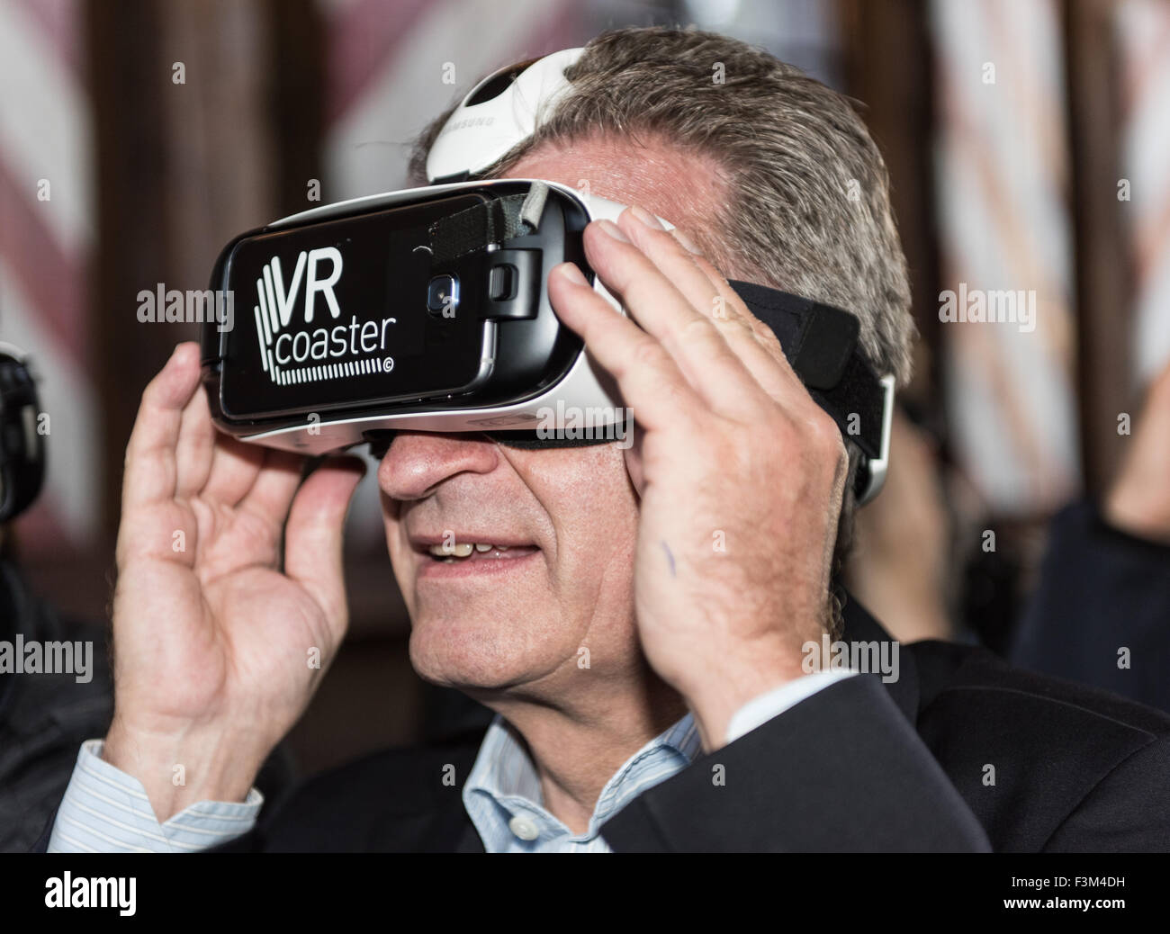Rust, Germany. 9th Oct, 2015. Guenther Oettinger (CDU), EU Comissioner for Digital Economy and Society wearing Virtual - Stock Image