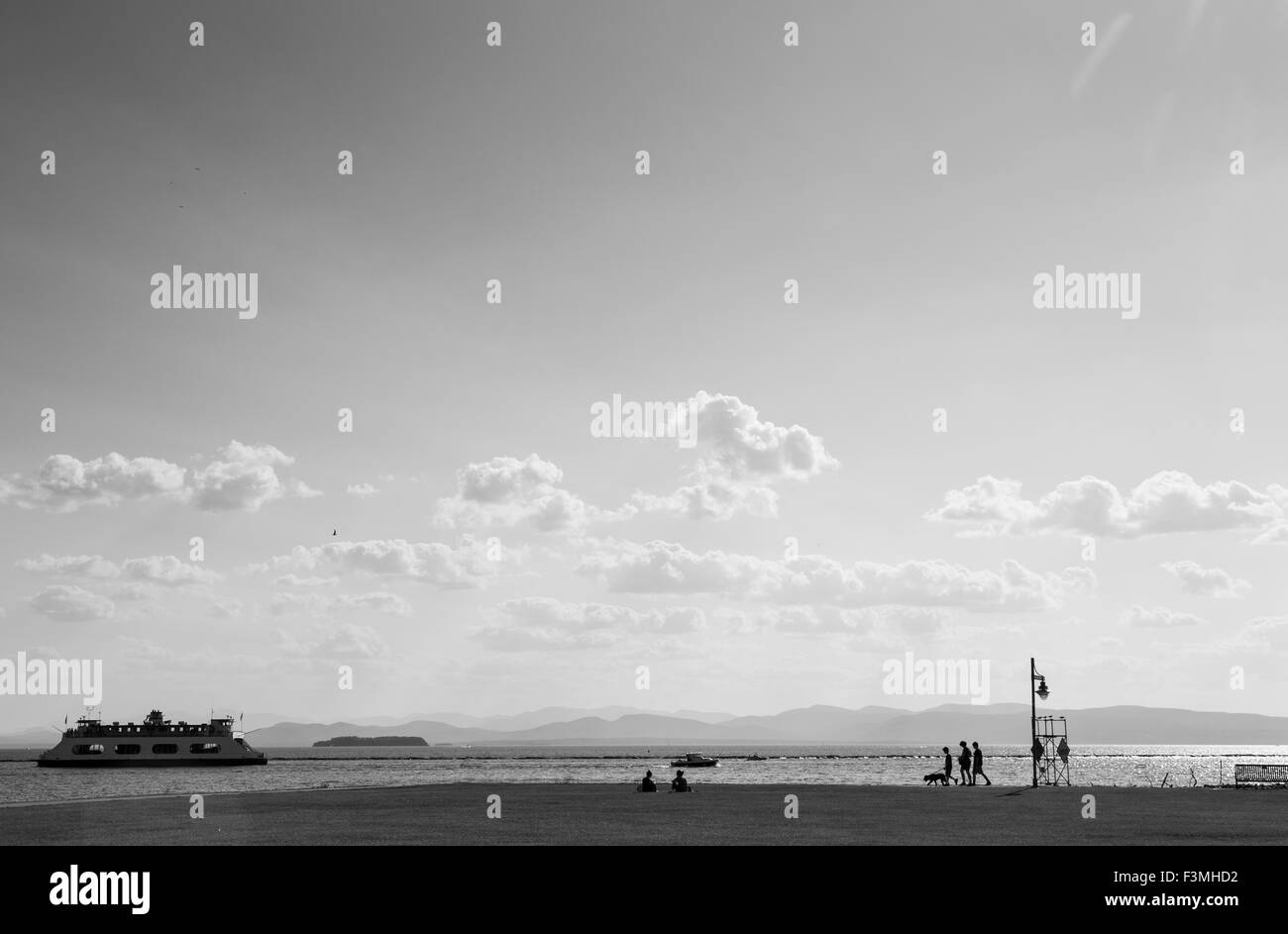 Burlington Vermont Lakefront Park with ferry , in Black and White - Stock Image