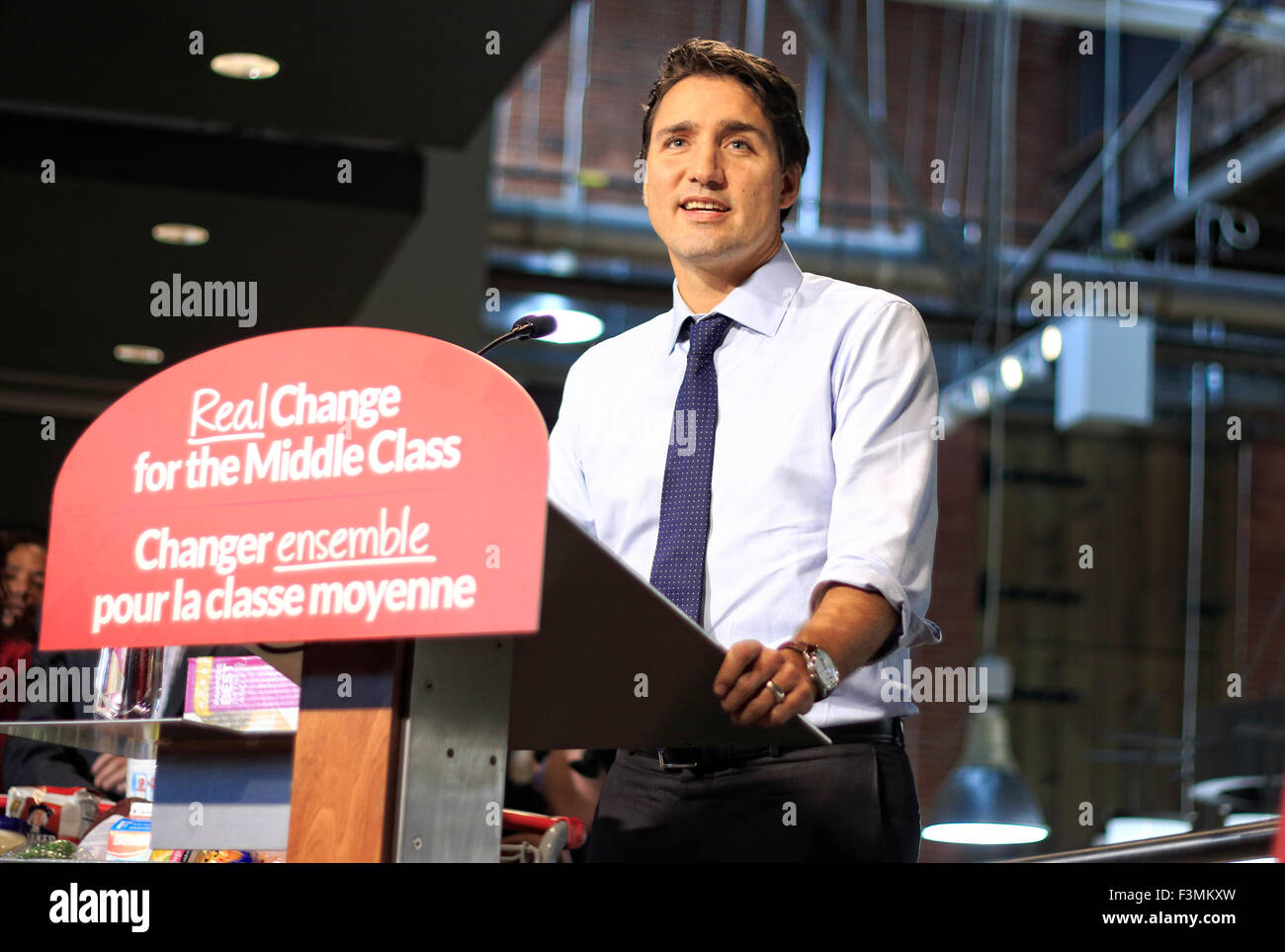 Toronto, Canada, 09th Oct, 2015. Justin Trudeau, Canadian Liberal Party Leader appearing at campaign event in Longo - Stock Image
