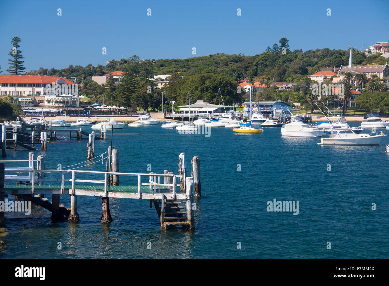 Watsons Bay jetty, boats and beach Eastern Suburbs Sydney HArbour Sydney New South Wales NSW Australia - Stock Image
