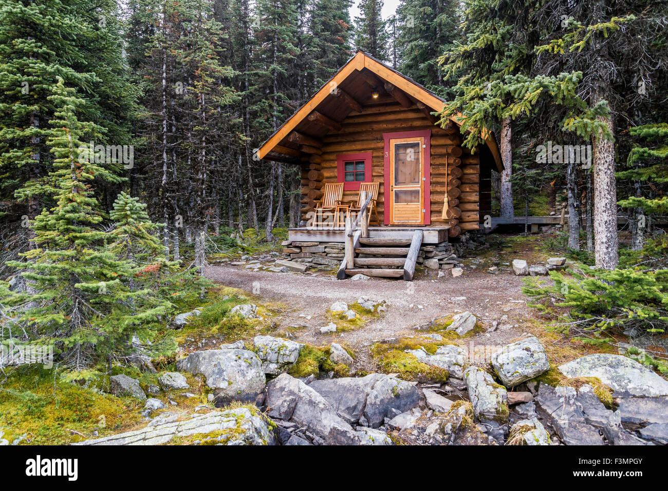 Cabin, Lake O'Hara, Yoho National Park, British Columbia, Canada - Stock Image