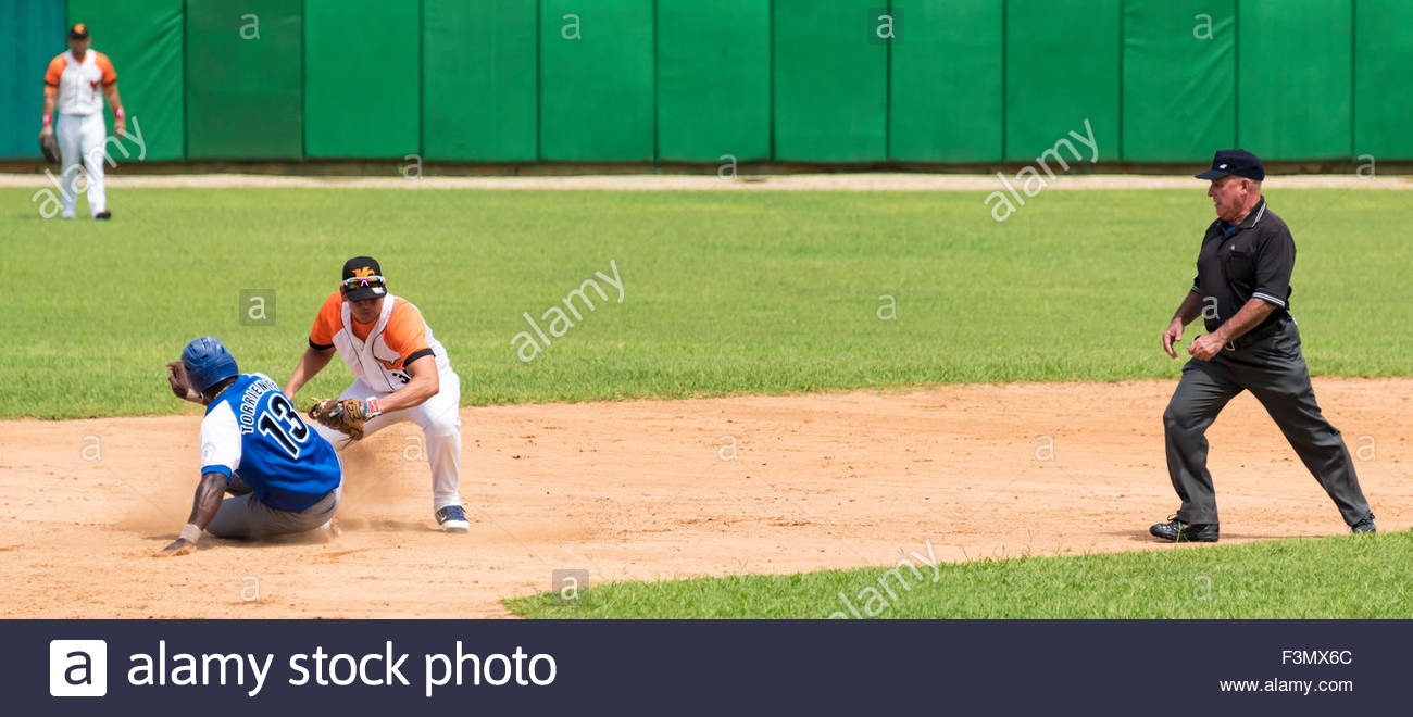cuban baseball, team Industriales vs Villa Clara,Torriente is out in second base - Stock Image