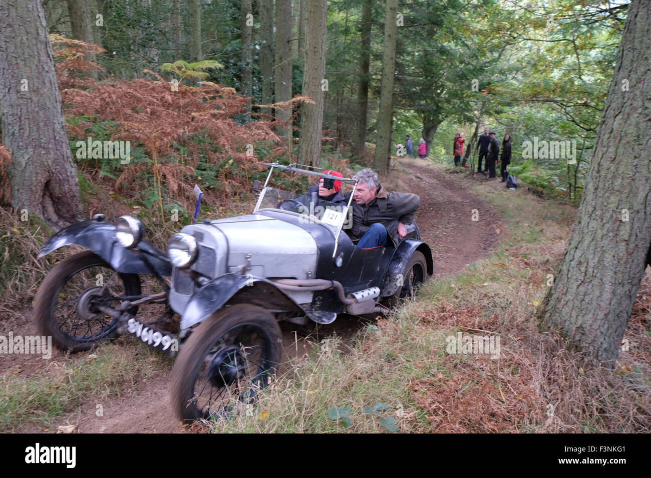 New Radnor, Powys, Wales - Saturday 10th October 2015 - The Vintage Sports Car Club ( VSSC ) hill climb trial challenge Stock Photo