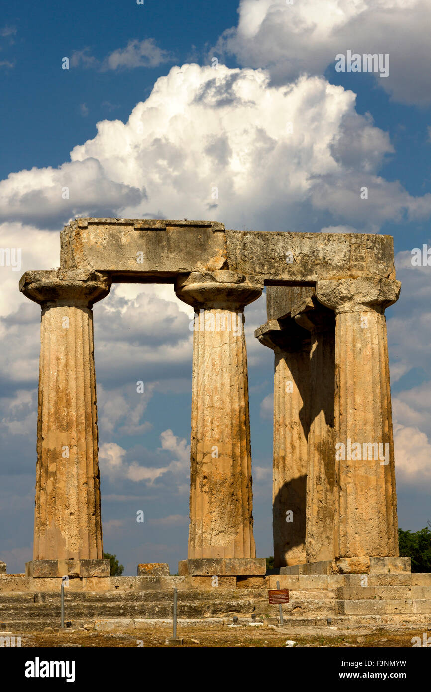 The ancient temple of Apollo, in ancient Corinth, Greece. - Stock Image