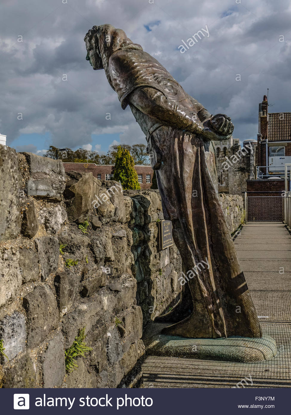 Southampton Hampshire England Oct 2015  John Lee Fleming 1295-1336 Mayor of Southampton Sculpture by Anthony Griffiths - Stock Image