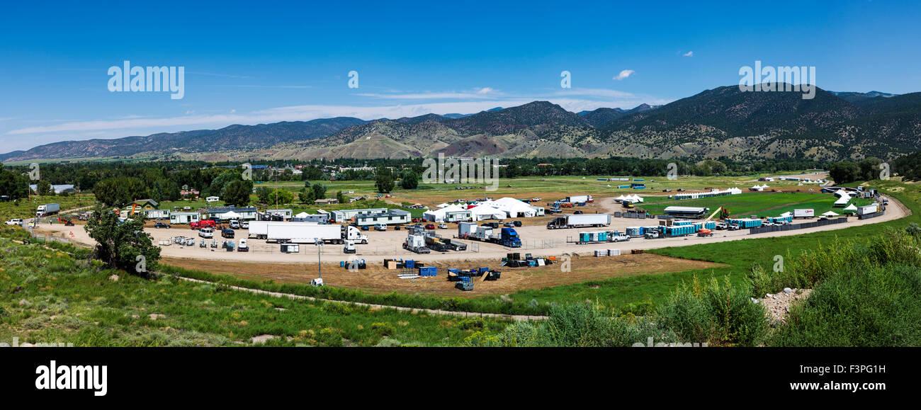 "Preparations for music festival, Vandaveer Ranch site, ""Gentlemen of the Road"", stopover festival, Salida, Colorado, - Stock Image"