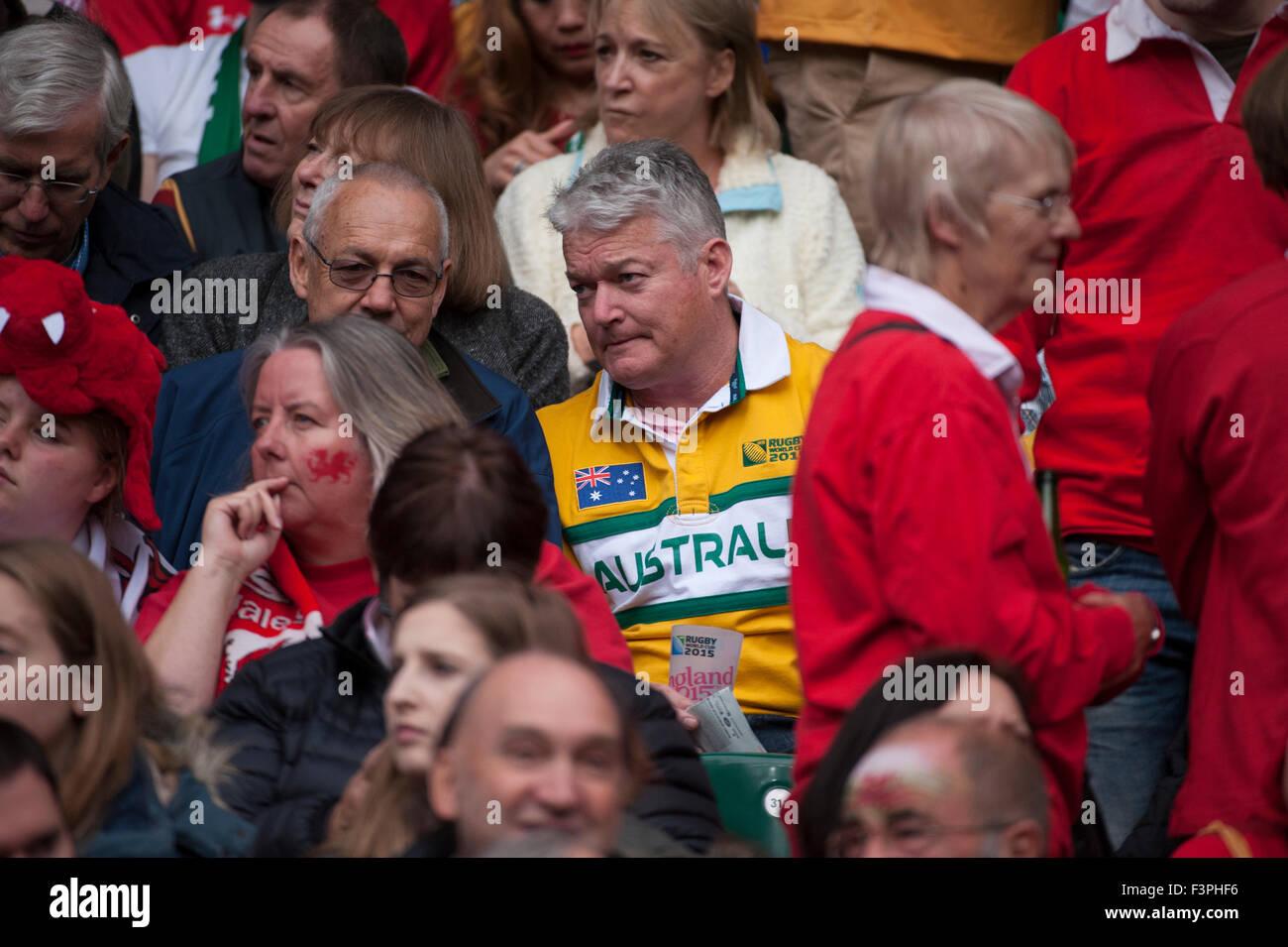 Australian support at the Australia v Wales match, Twickenham Stadium, London, UK. 10th October, 2015. - Stock Image