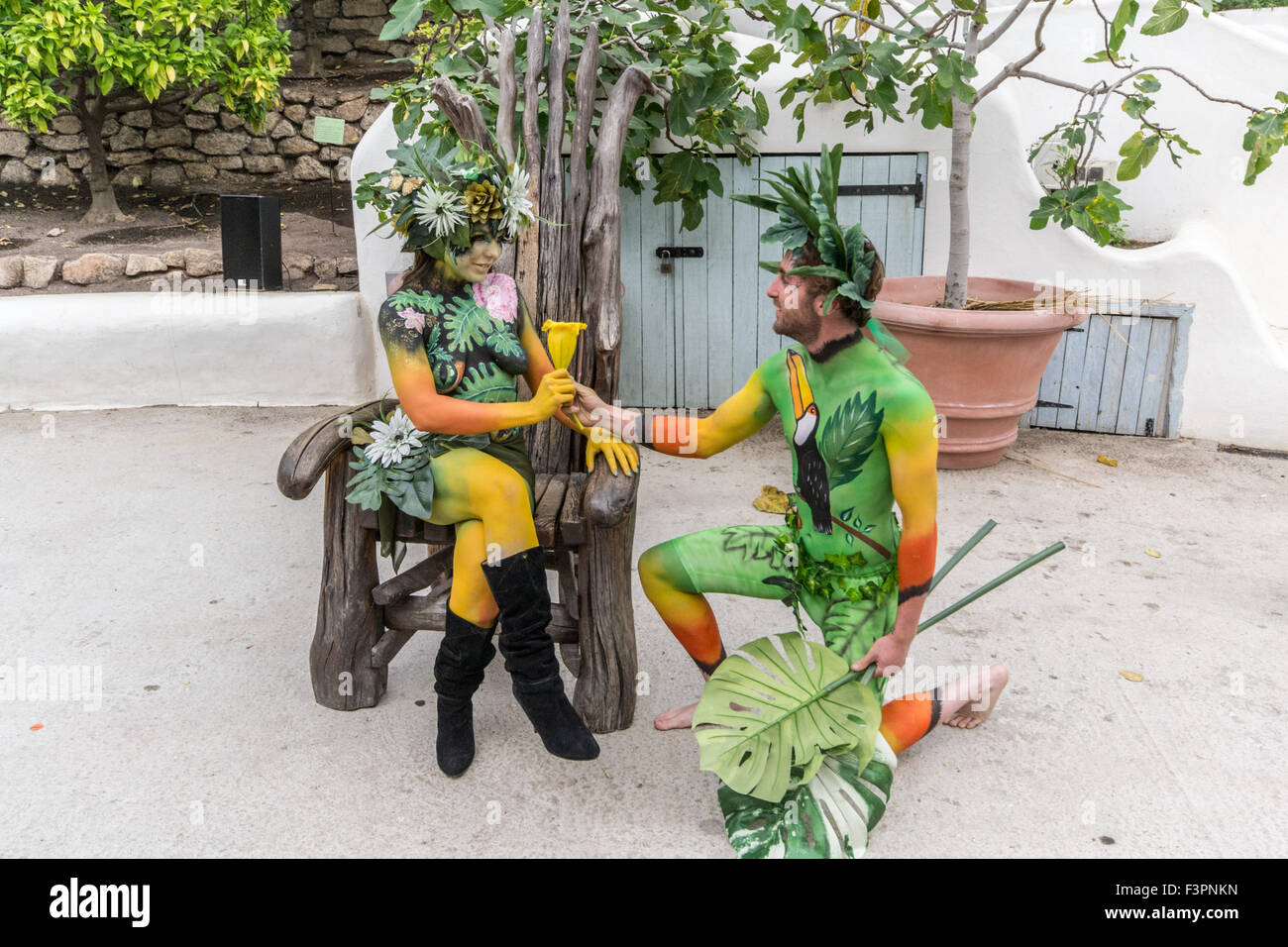 Eden Project, Cornwall, UK. 11th October 2015. Artists and models on the second day of the Body Factory international - Stock Image