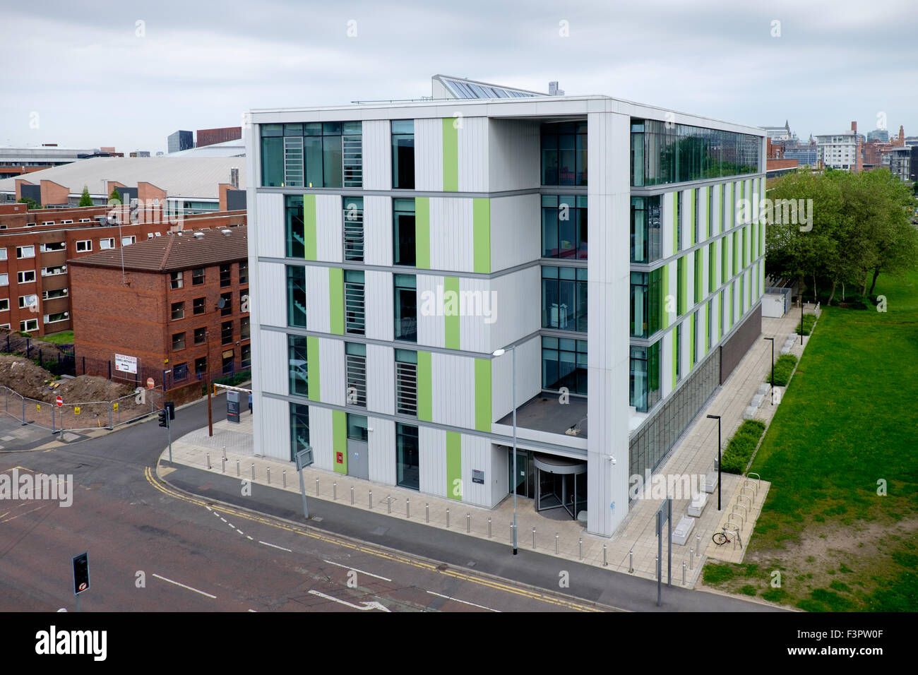 The James Chadwick Building in the School of Chemical Engineering and Analytical Science, University of Manchester, - Stock Image