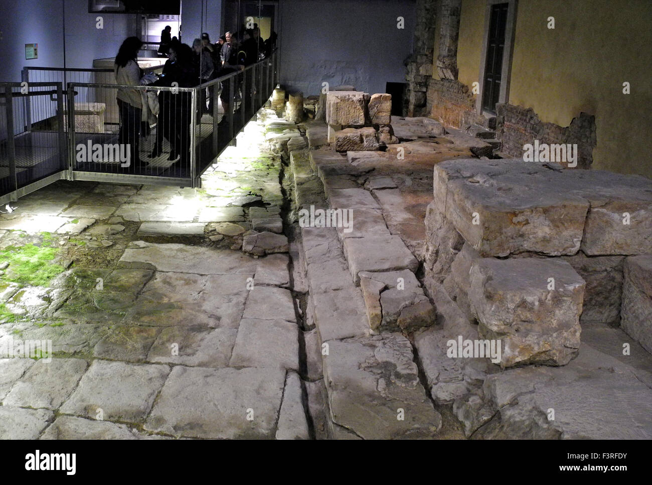 Visitors tourists to the Roman Baths ruins remains in the city of Bath in the UK. - Stock Image