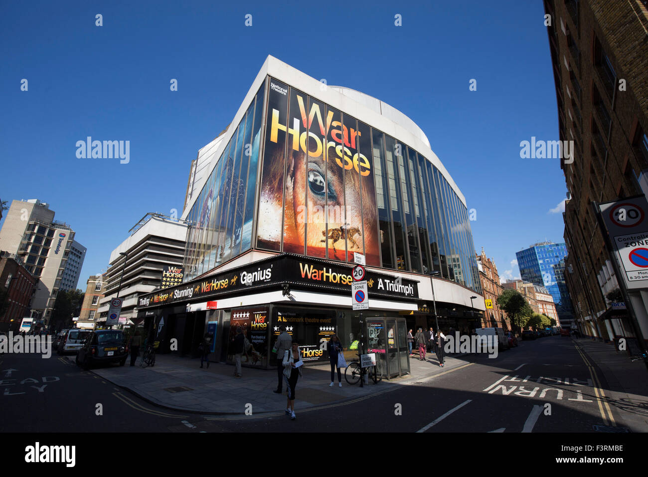 National Theatre's production of War Horse playing at the New London Theatre, Drury Lane Stock Photo