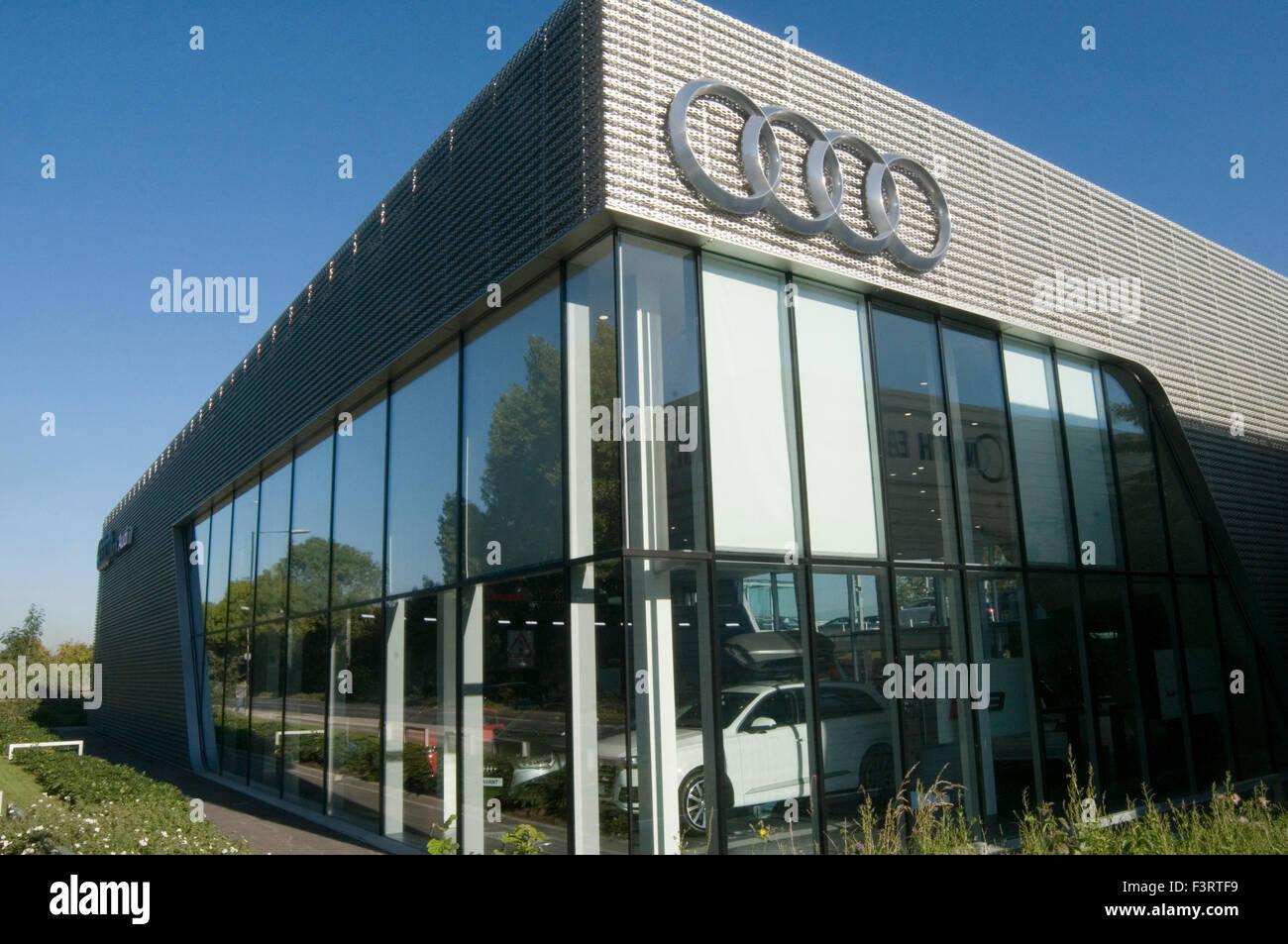 Audi Dealer Dealership Showroom Car Cars New Volkswagen Prestige Stock Photo 88419949 Alamy
