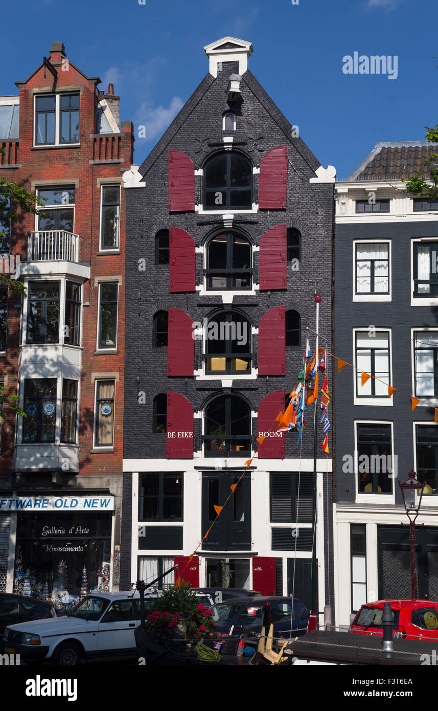 Traditional Dutch canal house in Prinsengracht, Amsterdam, The Netherlands - Stock Image
