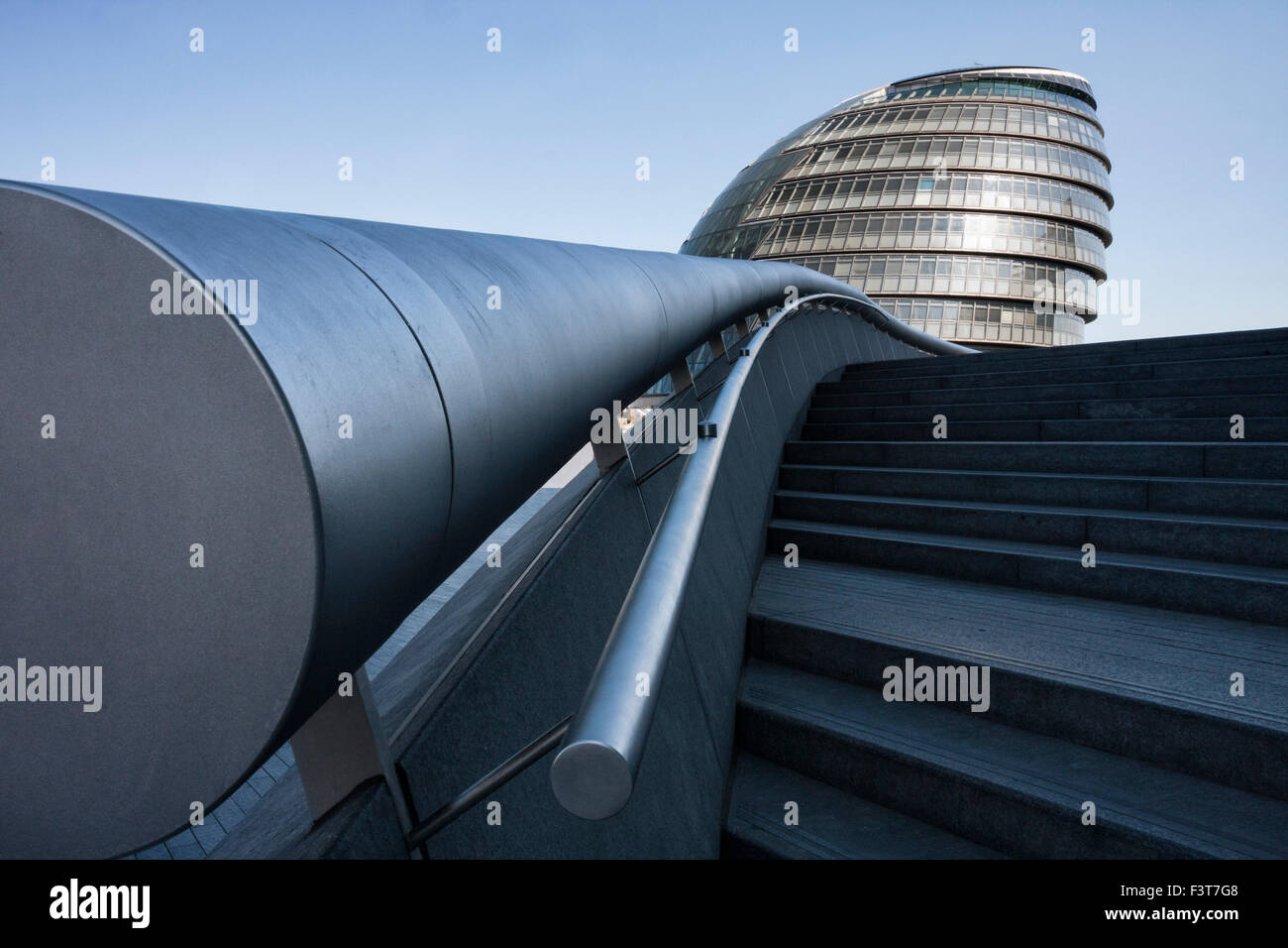 City Hall, Greater London Authority, The Queens Walk, Southwark, London, SE1, England, UK  from a low perspective - Stock Image