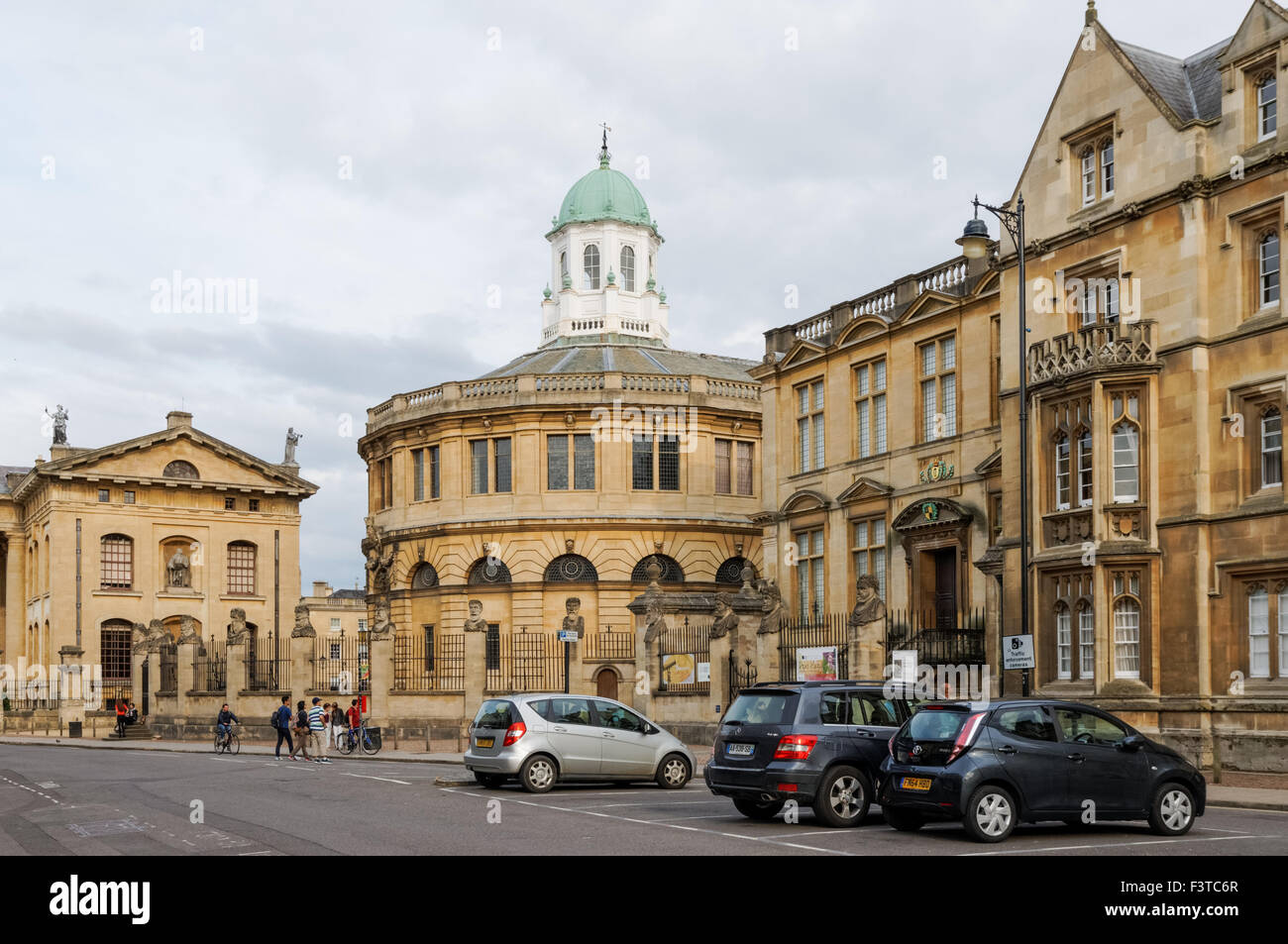 17th and 18th century buildings at Broad Street in Oxford Oxfordshire England United Kingdom UK Stock Photo