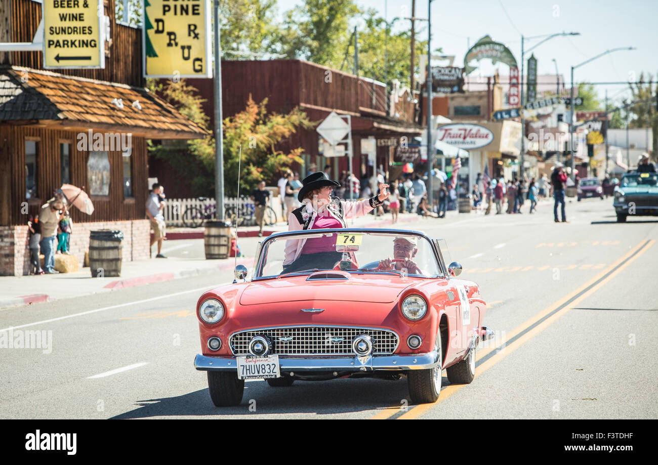 Cheryl Rogers-Barnett rides in the 2015 Lone Pine Film Festival Parade in Lone Pine, CA. - Stock Image