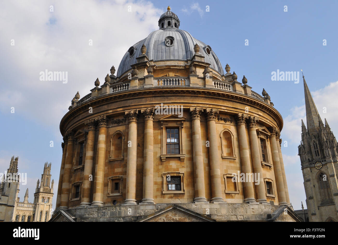 The Radcliffe Camera, with spire of University Church of St Mary the Virgin, and All Souls College, Oxford University, - Stock Image