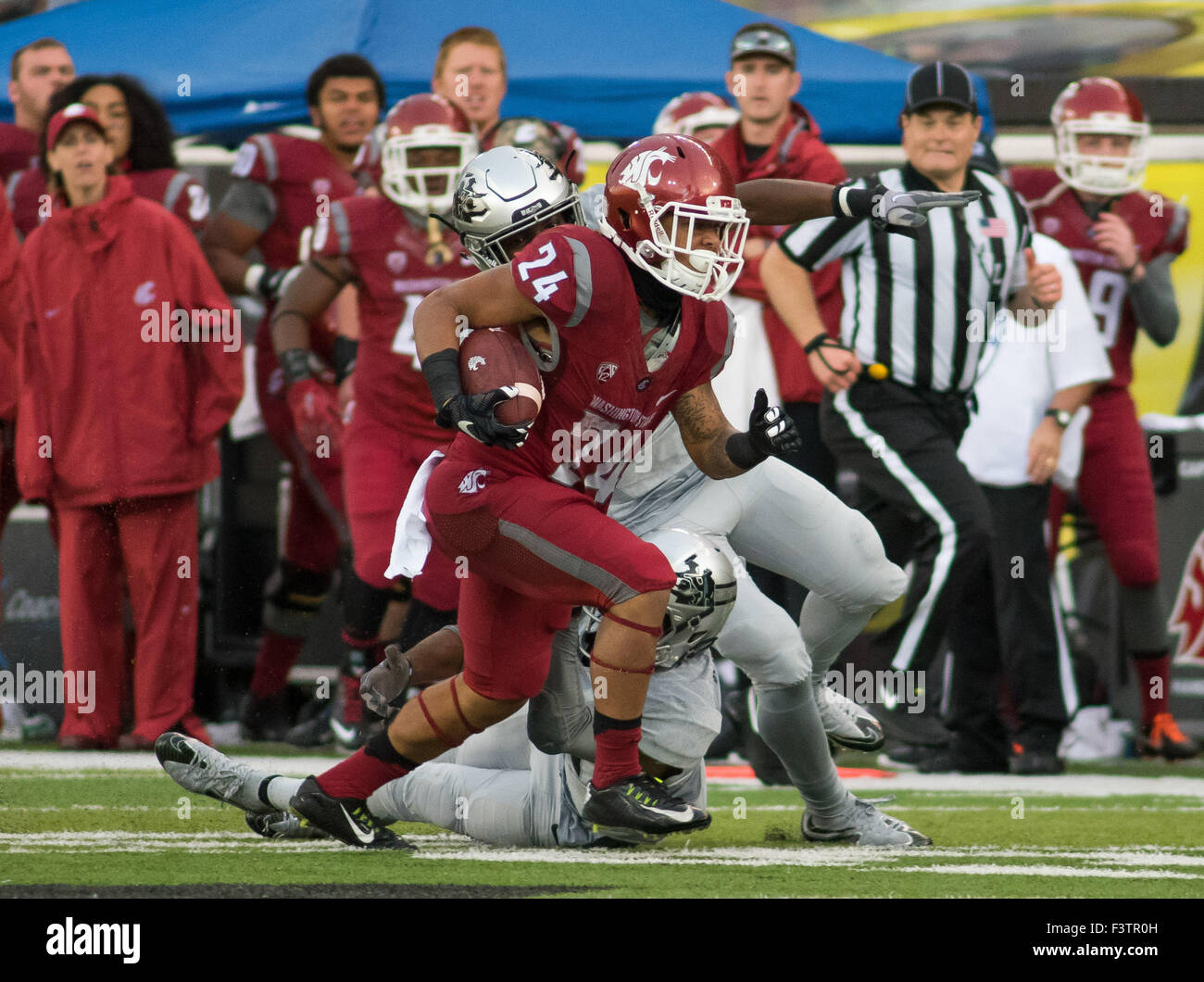 Double Overtime 10th Oct 2015 Stock Photos & Double ...