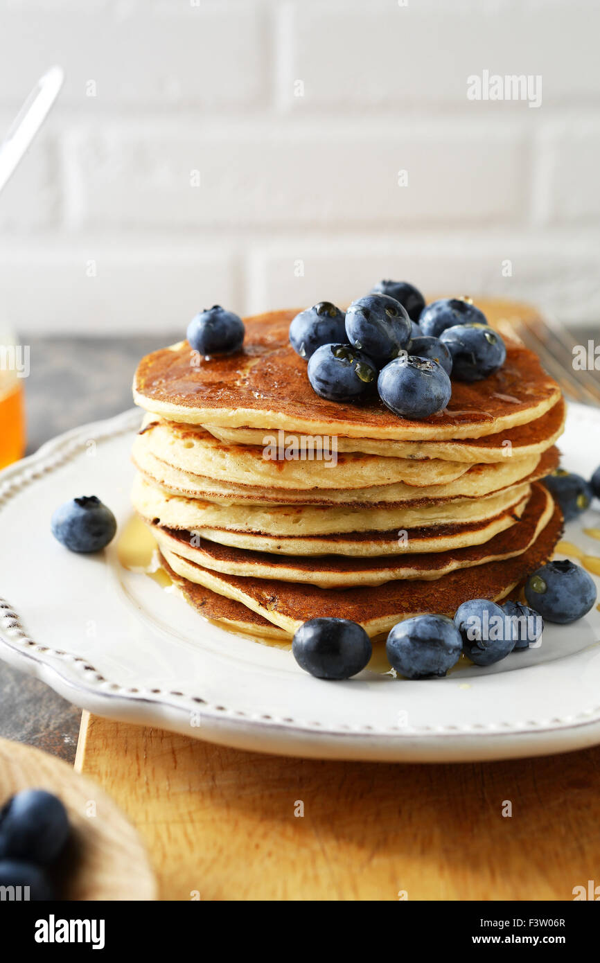 breakfast with pancakes and berry, food - Stock Image
