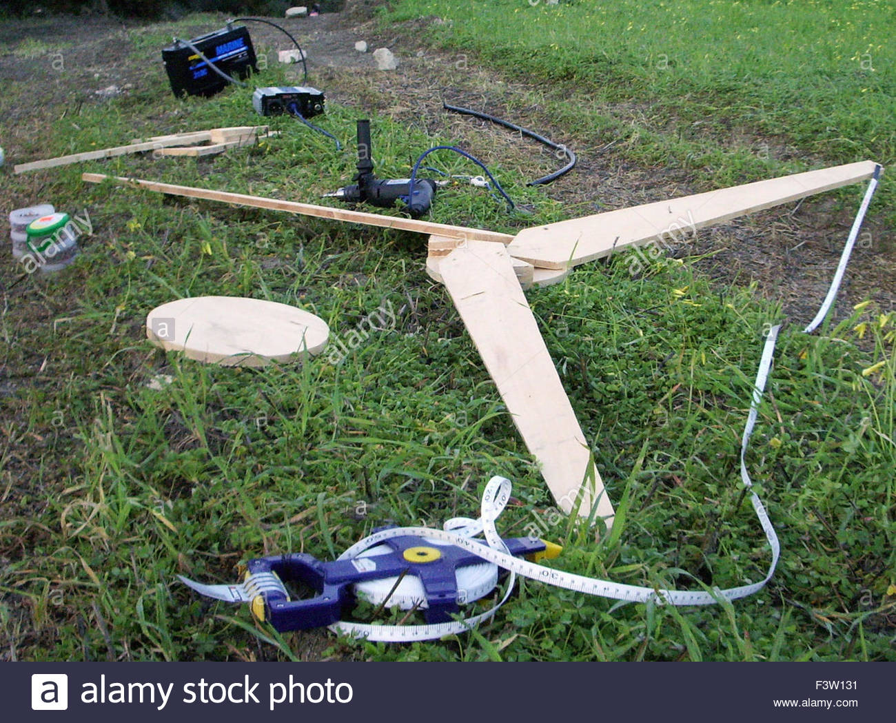how to make a wooden wind turbine