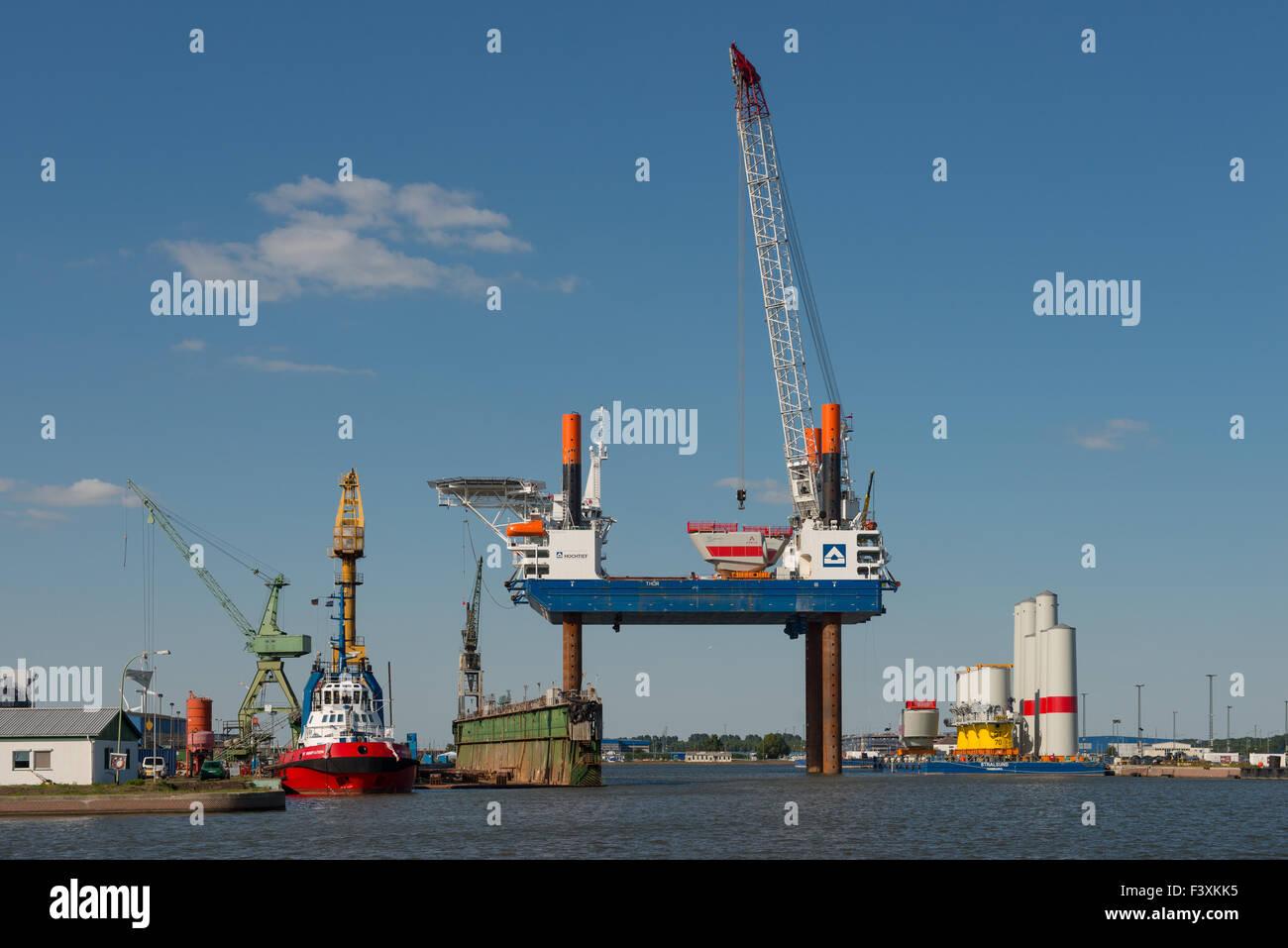 Elevating platform Thor - Stock Image