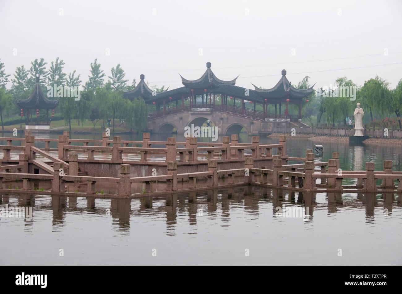 Stone bridge in Xi Tang Town - Stock Image