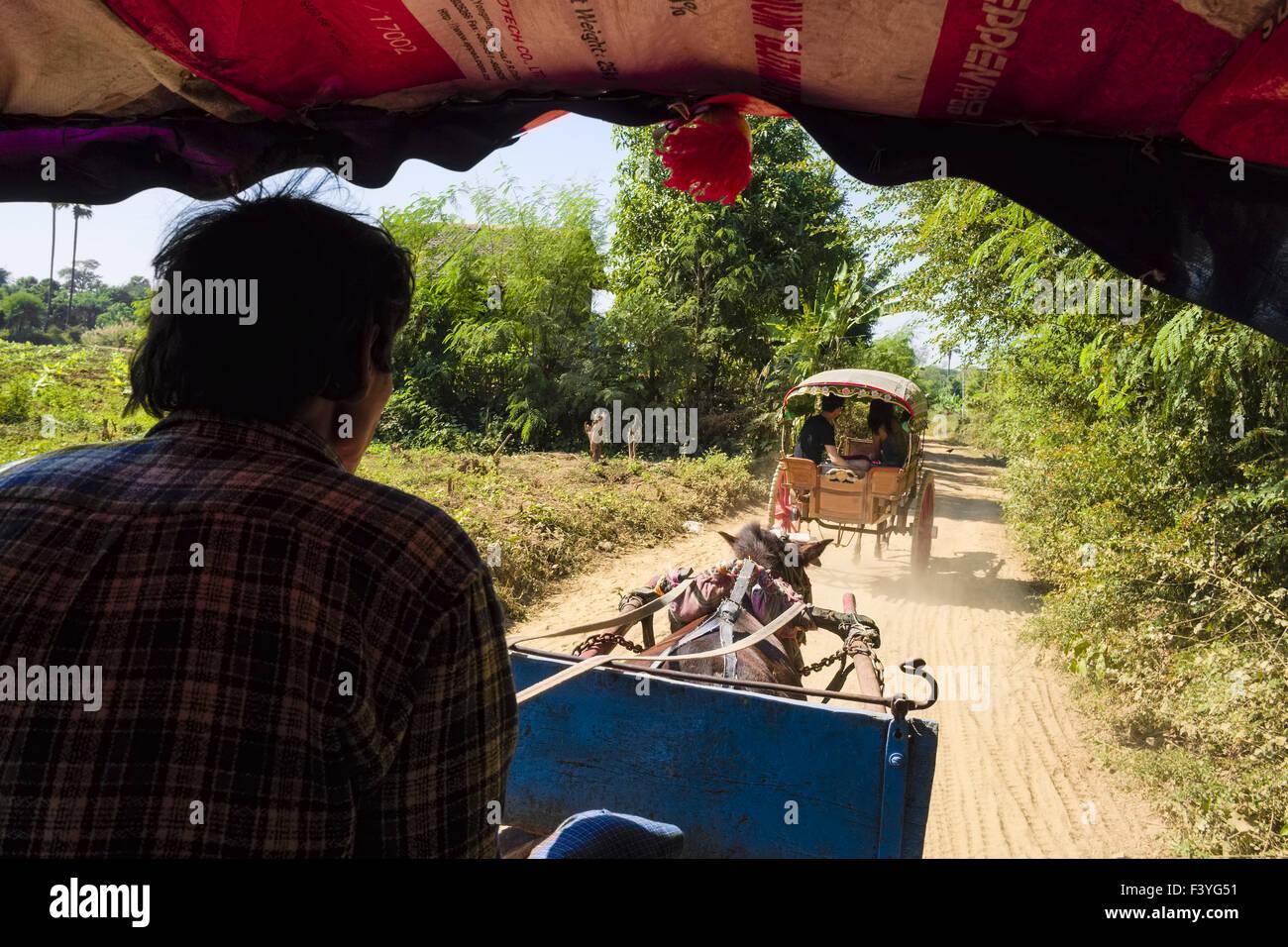Horse-drawn carriages, Inwa, Myanmar, Asien - Stock Image