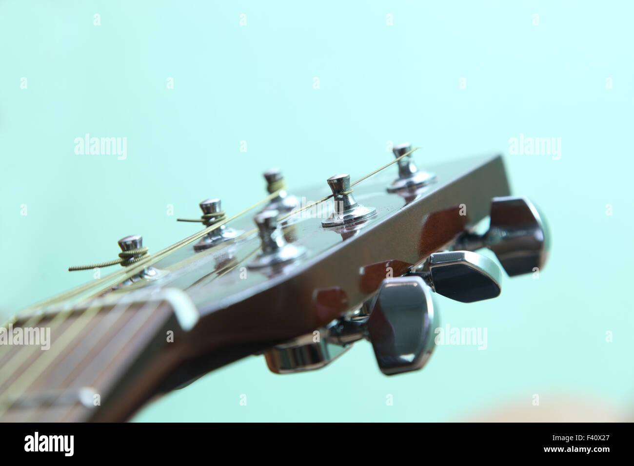 Metal Strings Stock Photos & Metal Strings Stock Images - Alamy