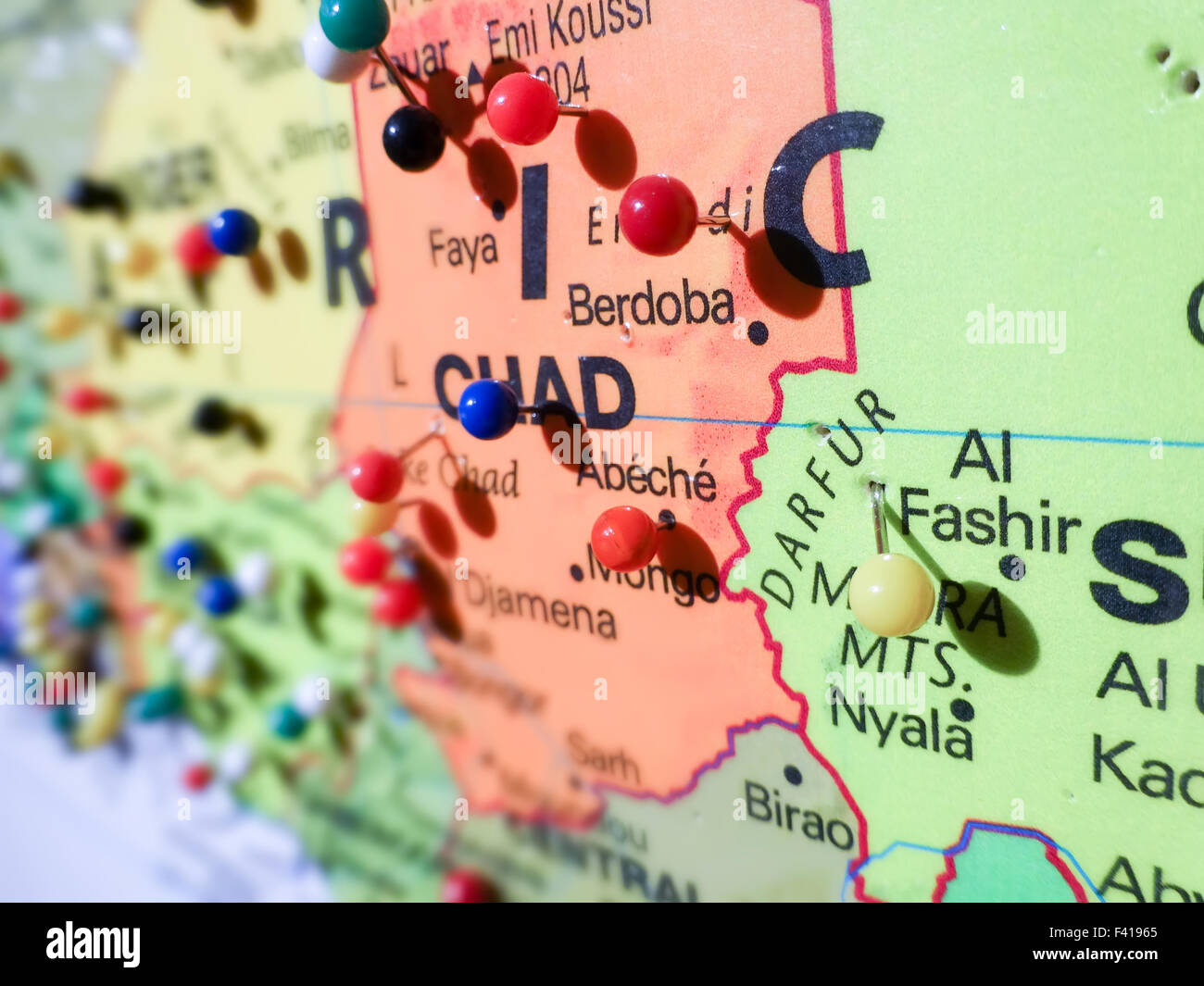 pins over chad country map - Stock Image