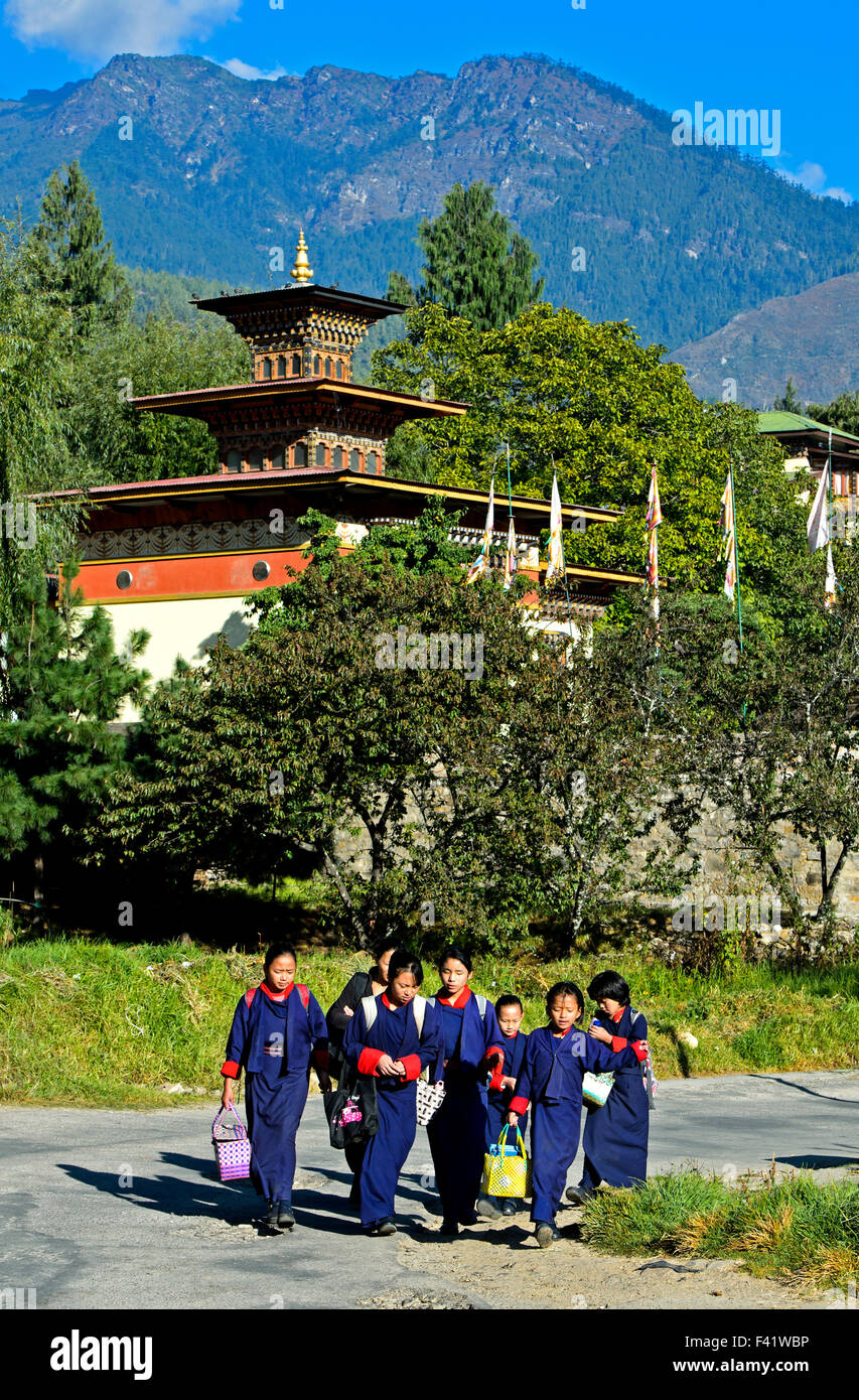 Children on way to school, Thimphu, Bhutan - Stock Image