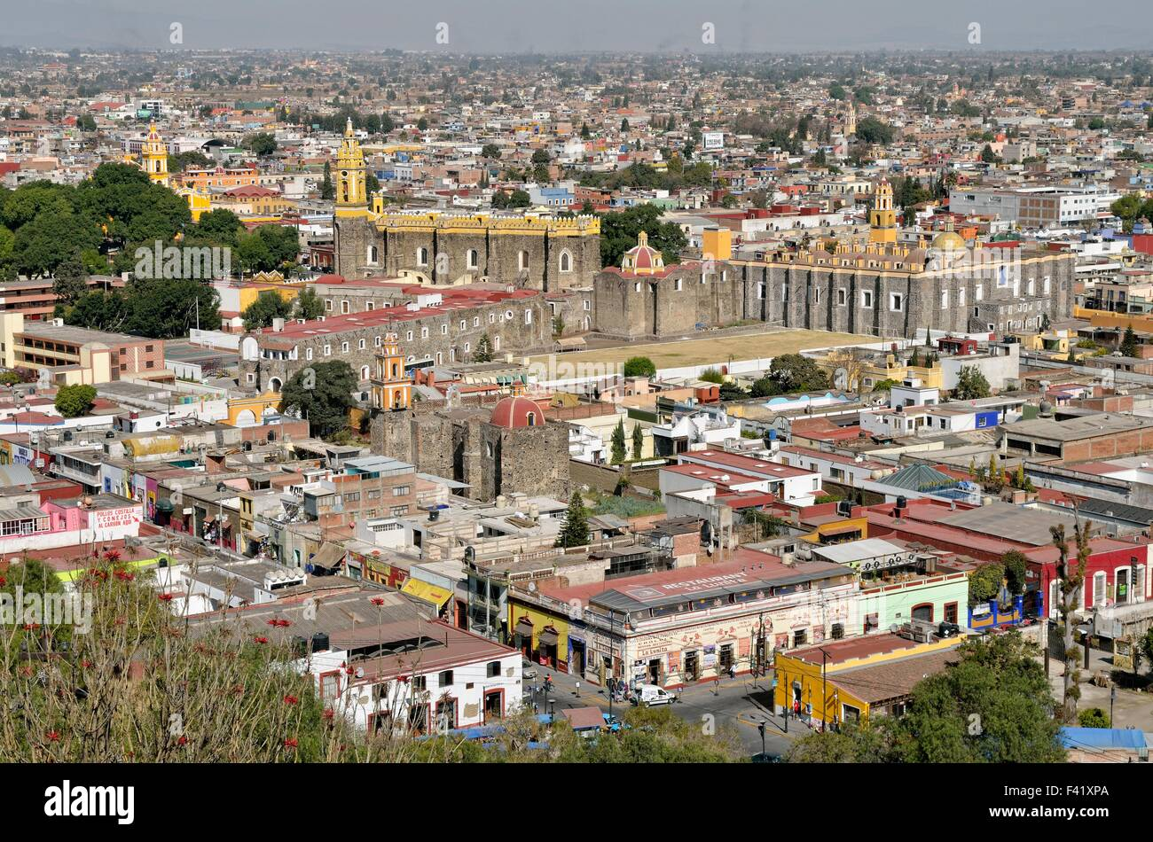 View of the historical centre of Cholula with San Gabriel, Puebla, Mexico - Stock Image