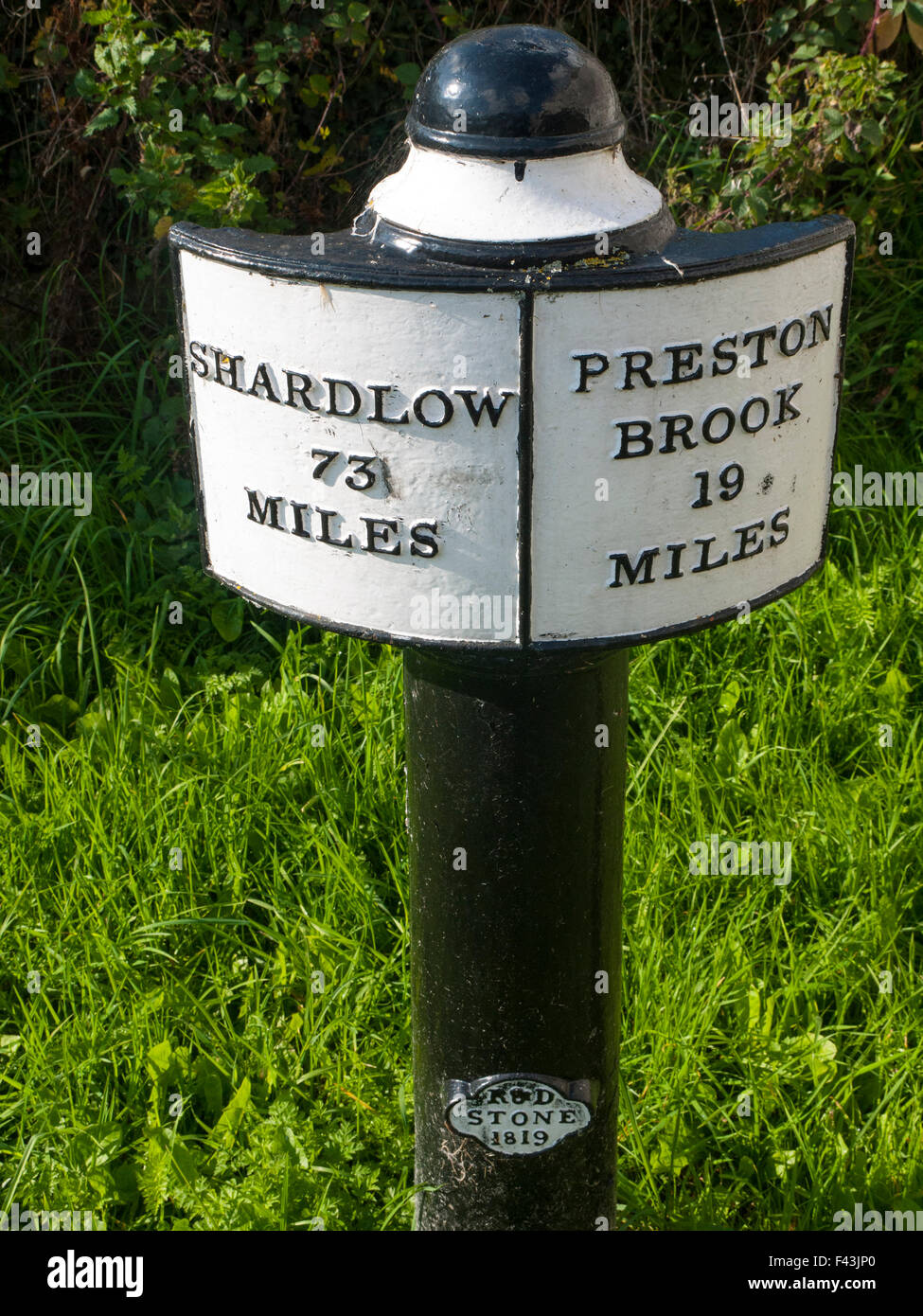 Milepost on the Trent and Mersey Canal in Elworth Sandbach Cheshire UK - Stock Image