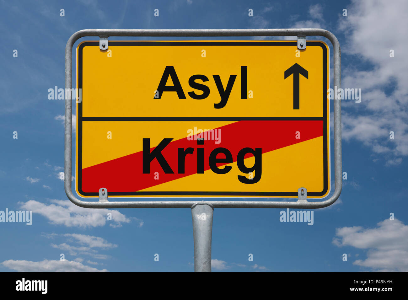 Town sign Germany, End of the town with the inscription Ende Krieg (end of war), Beginn Asyl (start Asylum) - Stock Image
