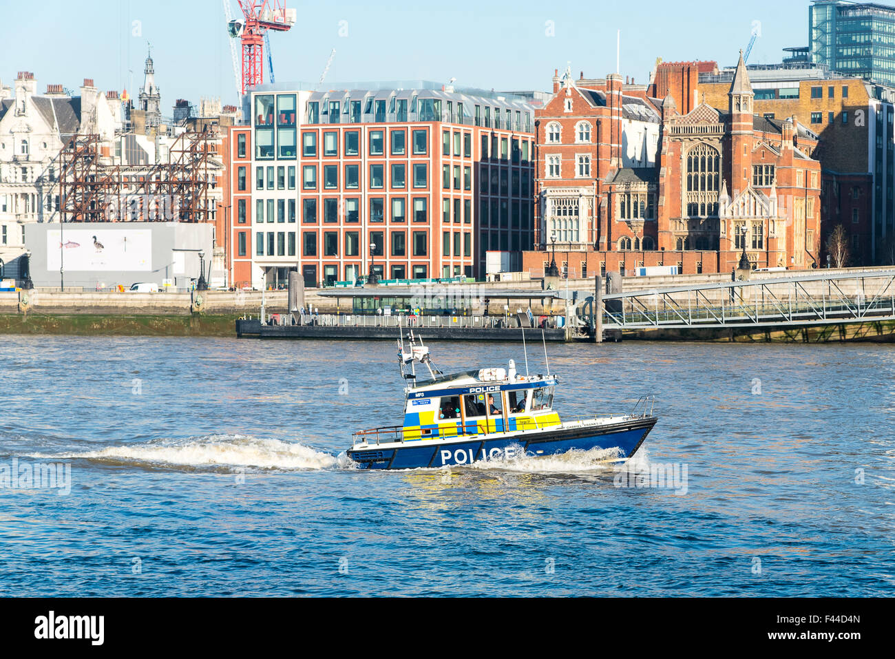 Metropolitan Police Marine Policing Unit launch Gabriel Franks II on the River Thames near Blackfriars Bridge. - Stock Image