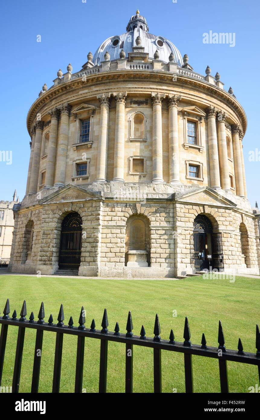 Radcliffe Camera and railings - Stock Image