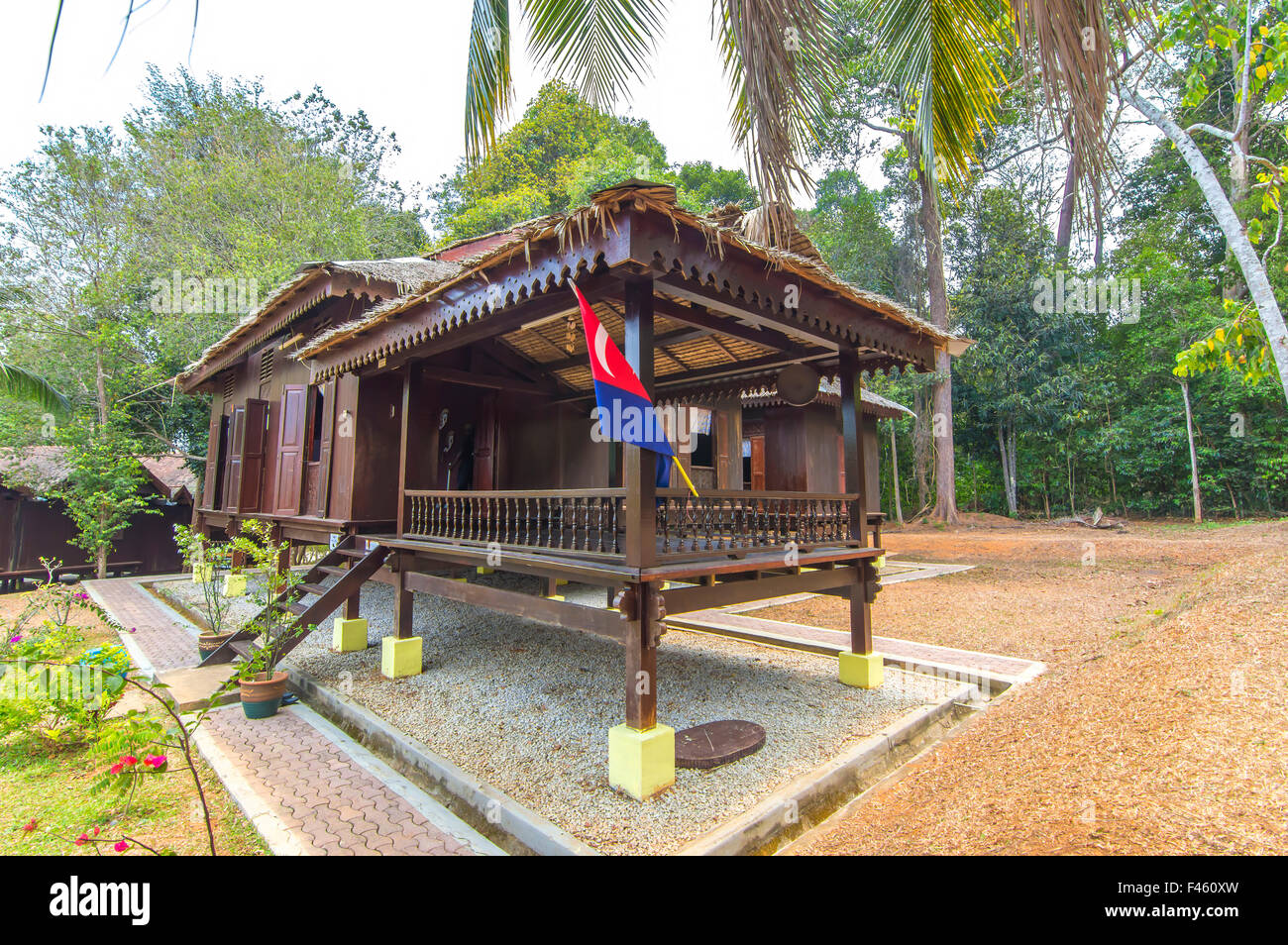 gorgeous wooden house in malaysia 11