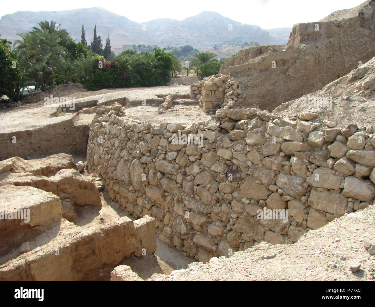 5827.  Jericho walls,  Neolithic period C. 8500 - 4500 B.C. - Stock Image