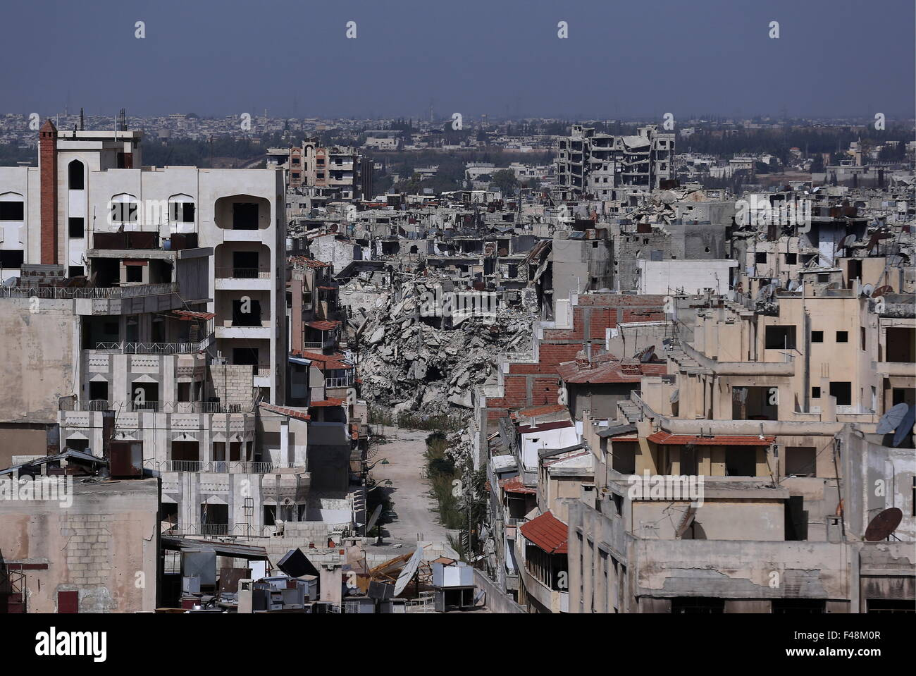 Homs, Syria. 14th Oct, 2015. A residential quarter destroyed during combat operations. © Valery Sharifulin/TASS/Alamy - Stock Image