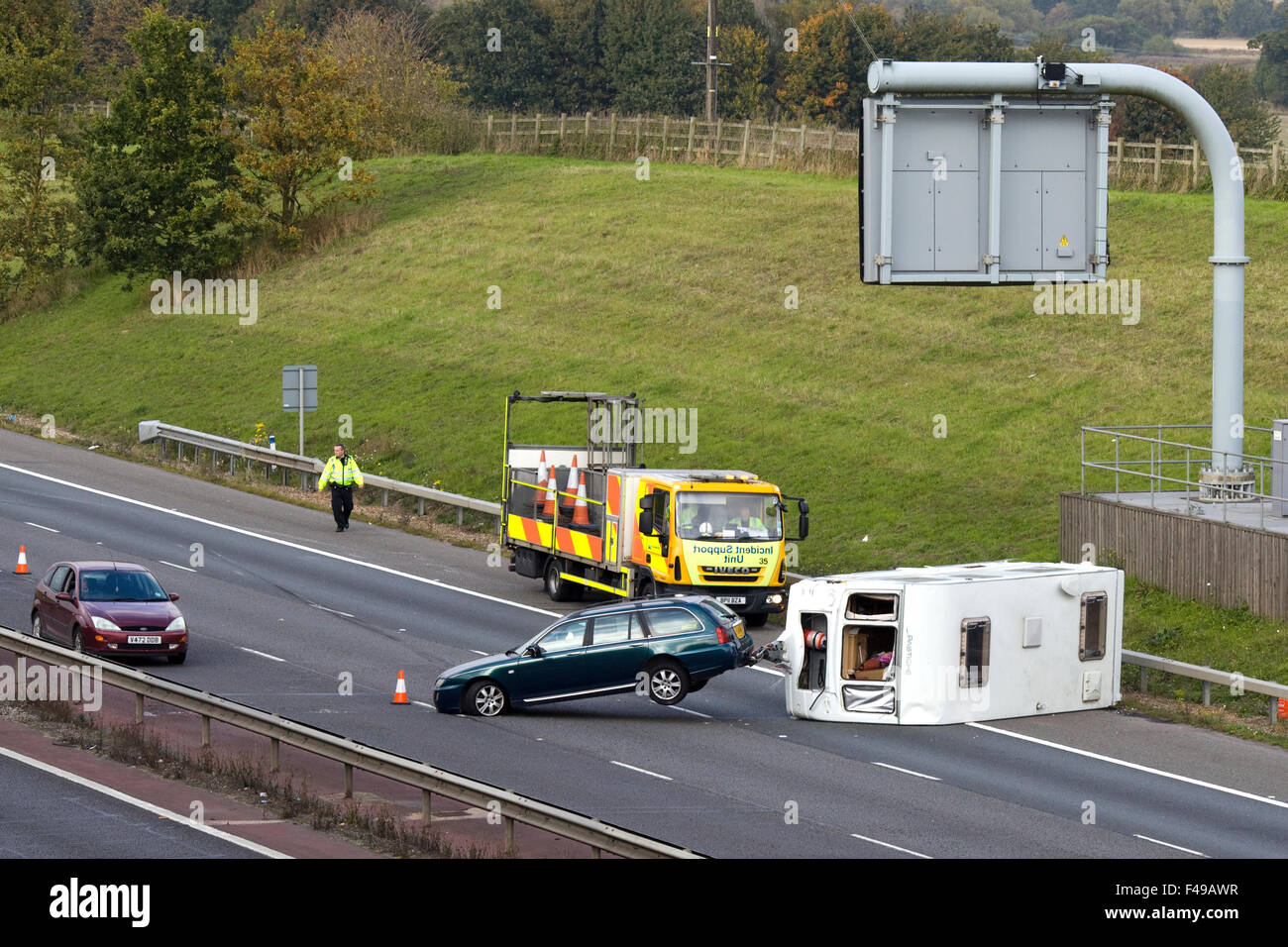 Overturned Caravan on the M40 Oxfordshire, road traffic