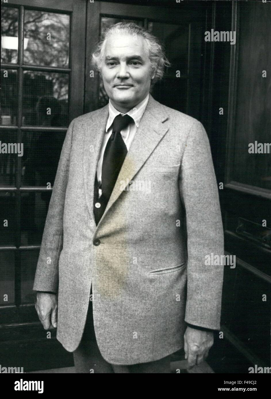 1976 - Picture Shows: Mr. Vere Harmsworth (N.P.A.) of associated Newspapers, arriving for the meeting. © Keystone - Stock Image