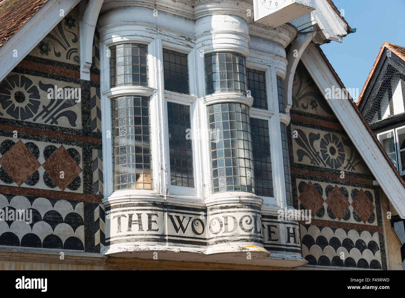 Bay windows of Woodclyffe Hall, Wargrave High Street, Wargrave, Berkshire, England, United KIngdom - Stock Image