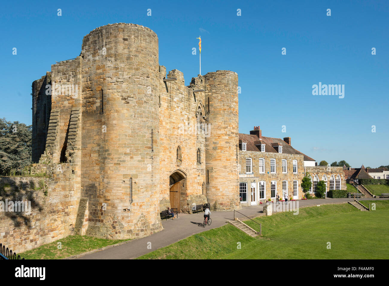 The Gatehouse, Tonbridge Castle, Tonbridge, Kent, England, United Kingdom - Stock Image