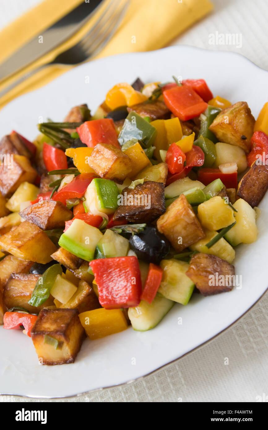 Griechische Gemüsepfanne - Fried Vegetables - Stock Image