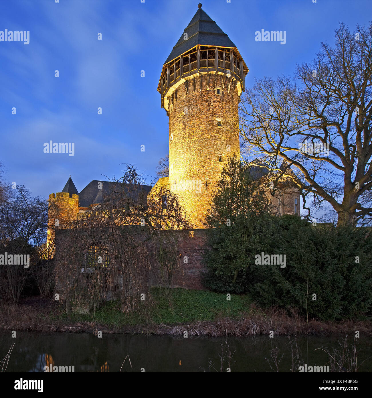 Illuminated Linn Castle, Krefeld, Germany. - Stock Image