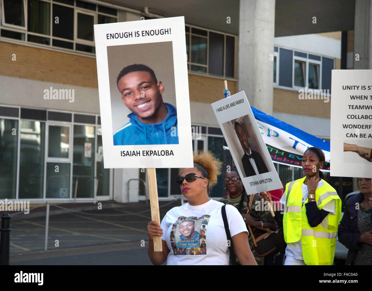 'All lives matter' March  to protest against gun and knife violence. Isaiah Ekpaloba's mother holds - Stock Image
