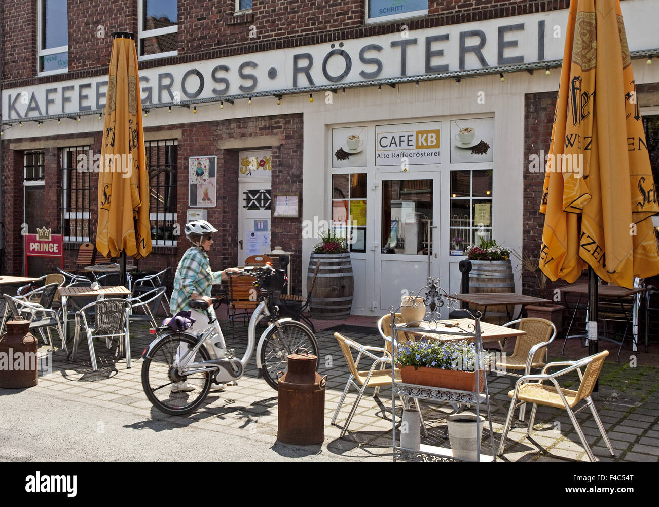 Coffee roasting, Luenen, Germany - Stock Image