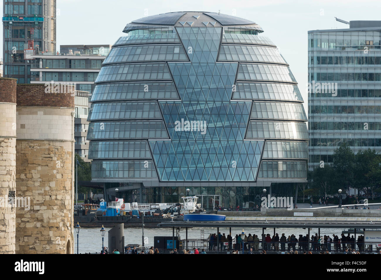 London City Hall (Greater London Authority), The Queen's Walk, Southwark, London, England, United Kingdom - Stock Image