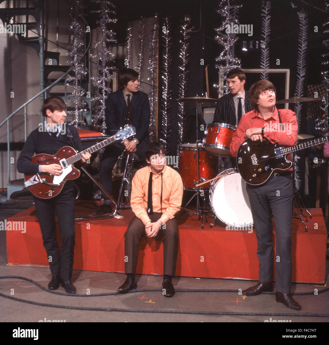 Image of: Skiffledog The Animals Uk Pop Group In 1966 From Left Hilton Valentine Alan Price Eric Burdon John Steel Chas Chandler Photo Tony Gale Guitar International Magazine The Animals Uk Pop Group In 1966 From Left Hilton Valentine Alan