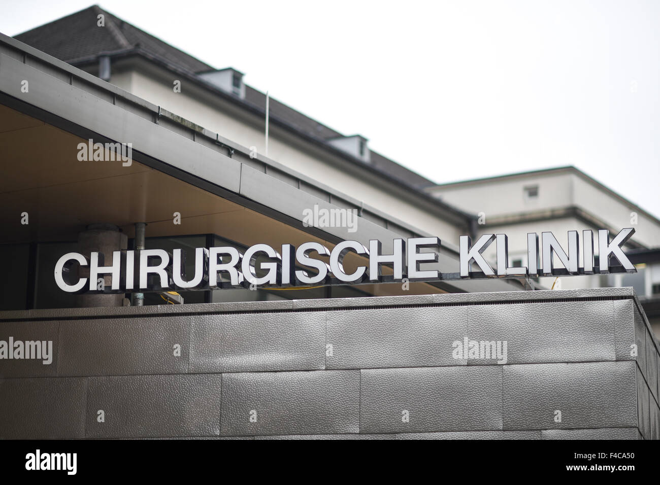 Heidelberg, Germany. 16th Oct, 2015. The entrance to the Chirurgische Klinik (lit. surgical clinic) at the Universitaetsklinikum - Stock Image